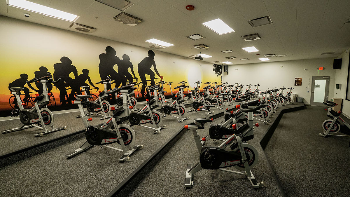 Sky Fitness Chicago - Buffalo Grove Indoor Cycling Studio